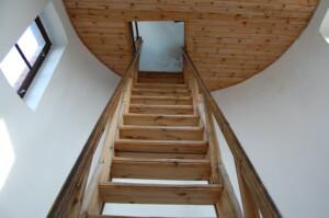 dřevěné schody2