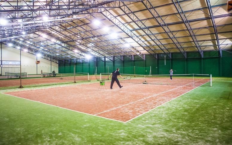 Montovaná tenisová hala