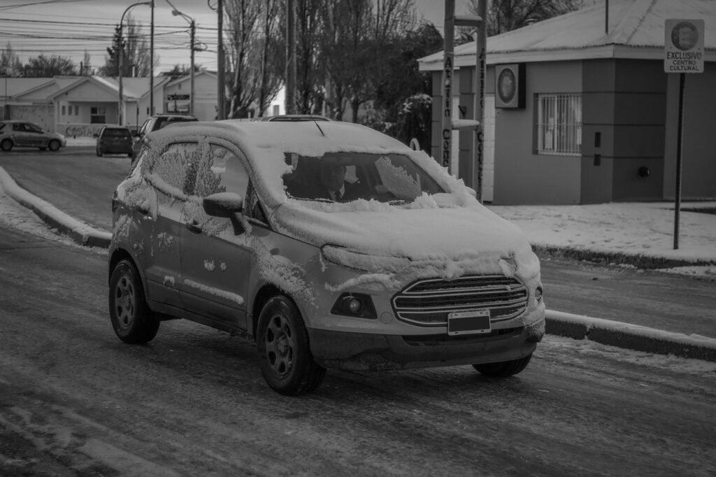 Auto v zimě